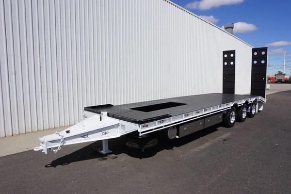 New Tandem & Tri - Axle Tag Trailers for Sale