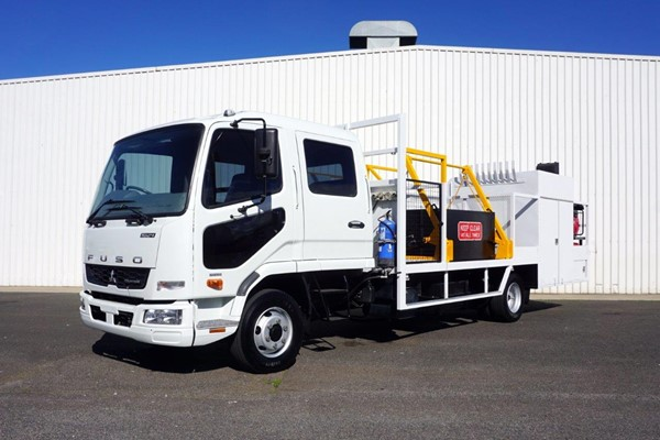 2012 Mitsubishi Fighter 1024 7 Seater Dual Cab Service Truck