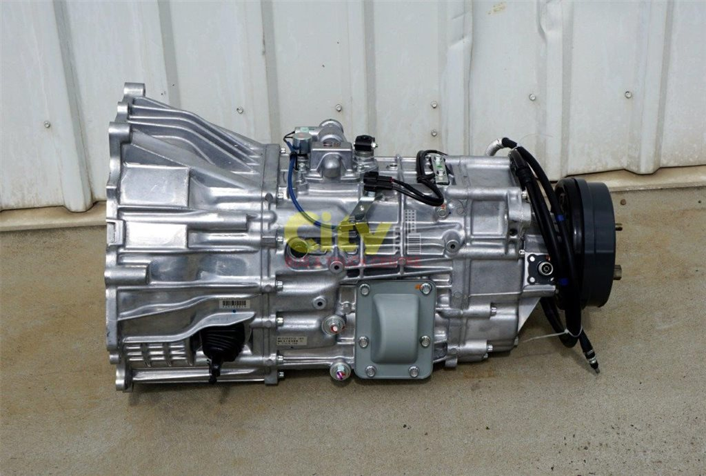 Mitsubishi Rosa New 6 Speed Manual Gearboxes
