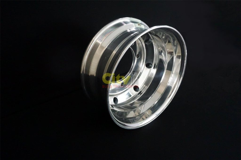8/275 7.5x19.5 Polished Alloy Rim