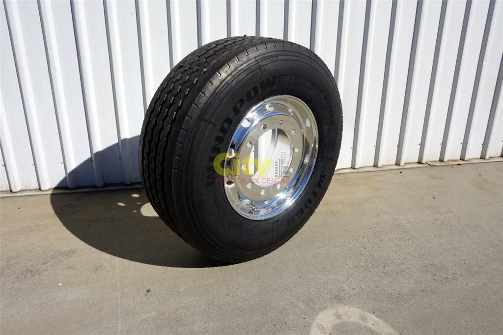 10/335 11.75x22.5 Super Single Rim & Tyre Package