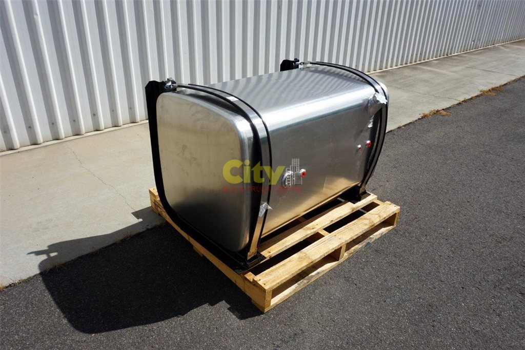 New Kenworth 500 Ltr Polished Alloy Fuel Tank