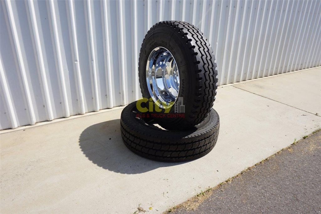 Mirror Chrome Alloy & 11R Tyre Combo PBS Approved