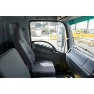 2015 Isuzu FXL1500 14 Pallet Refrigerated Van