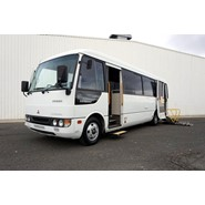 2005 MITSUBISHI ROSA 19 SEAT WHEELCHAIR BUS
