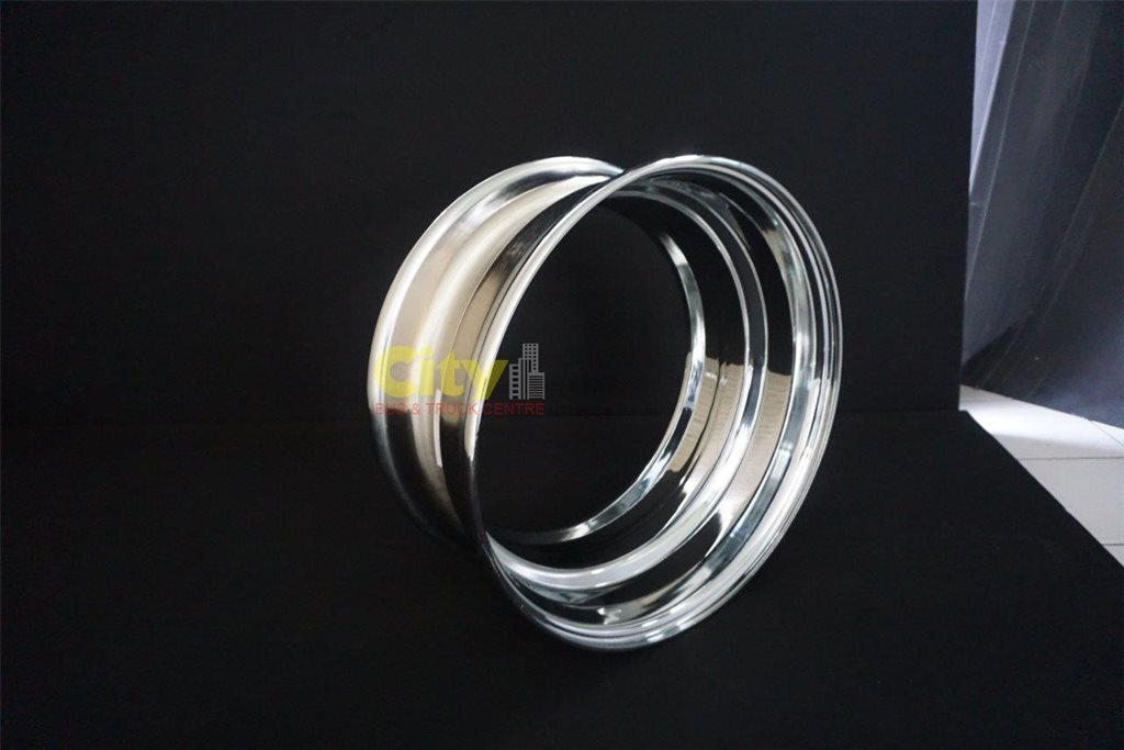8.25x22.5 Chrome Spider Rims