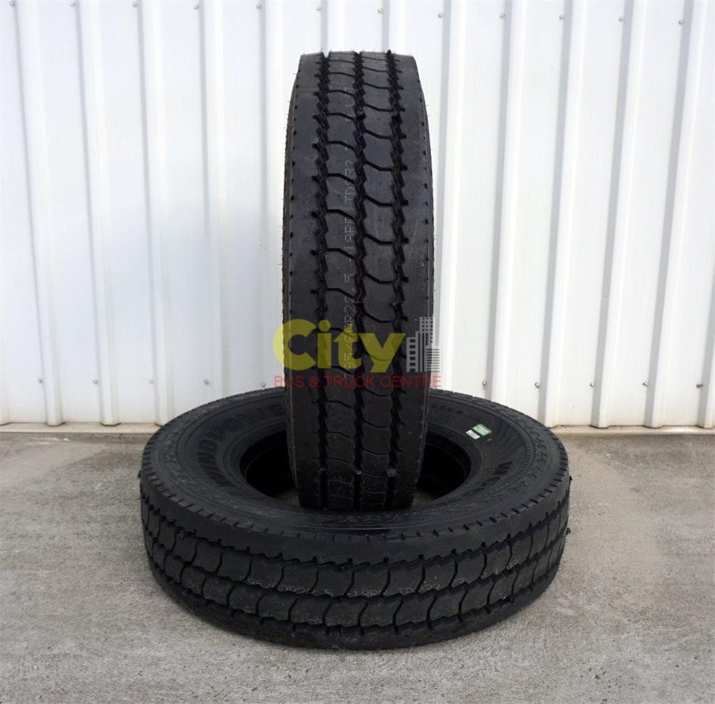 295/80R22.5 Windpower WGC52 18Ply Cut & Chip Steer Tyre